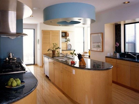 Открытая кухня с островом