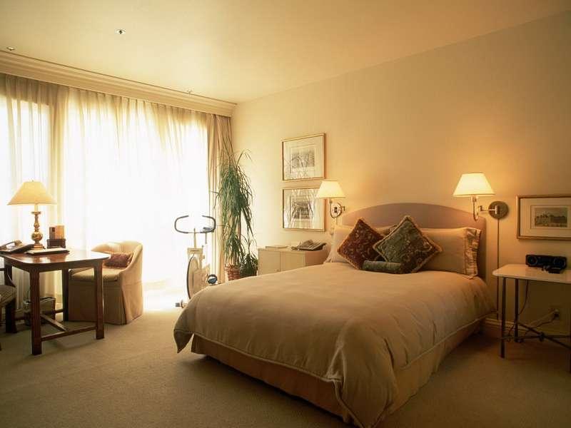 Интерьер спальни с элементами эко стиля
