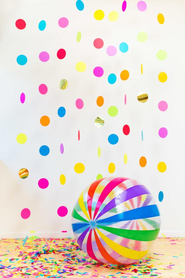 Воздушный фон из конфетти