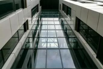 Окна из алюминия для офисов